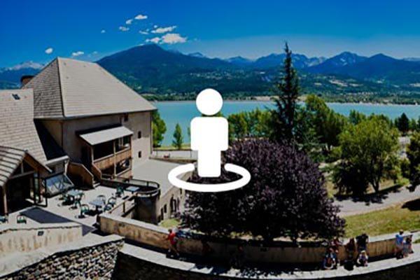 Visite virtuelle du village le Chadenas au bord du lac de Serre-Ponçon