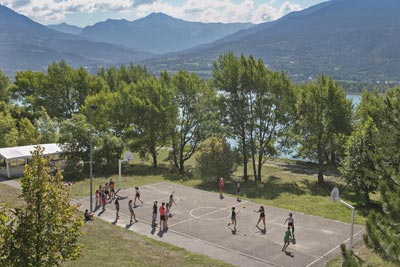 Activité ados au village Chadenas à Embrun