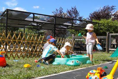 Activité enfant pitchounerie au village Chadenas à Embrun