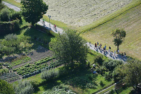 Groupe de marche du village Le Chadenas à Embrun